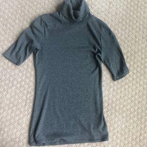 Merona Grey knit short sleeve turtleneck Sz S